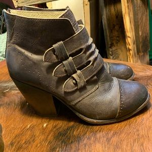 Freebird by Steven Full Leather Ankle Booties